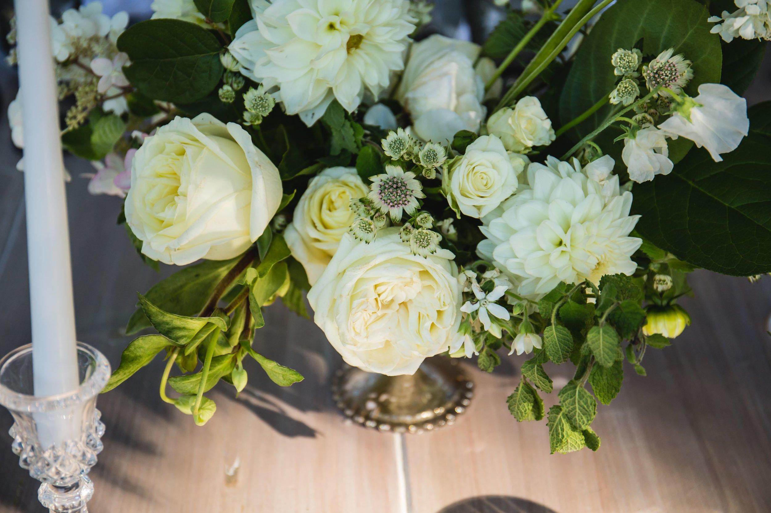 elevated-locale-bourne-farm-falmouth-wedding-daylynn-designs138.jpg
