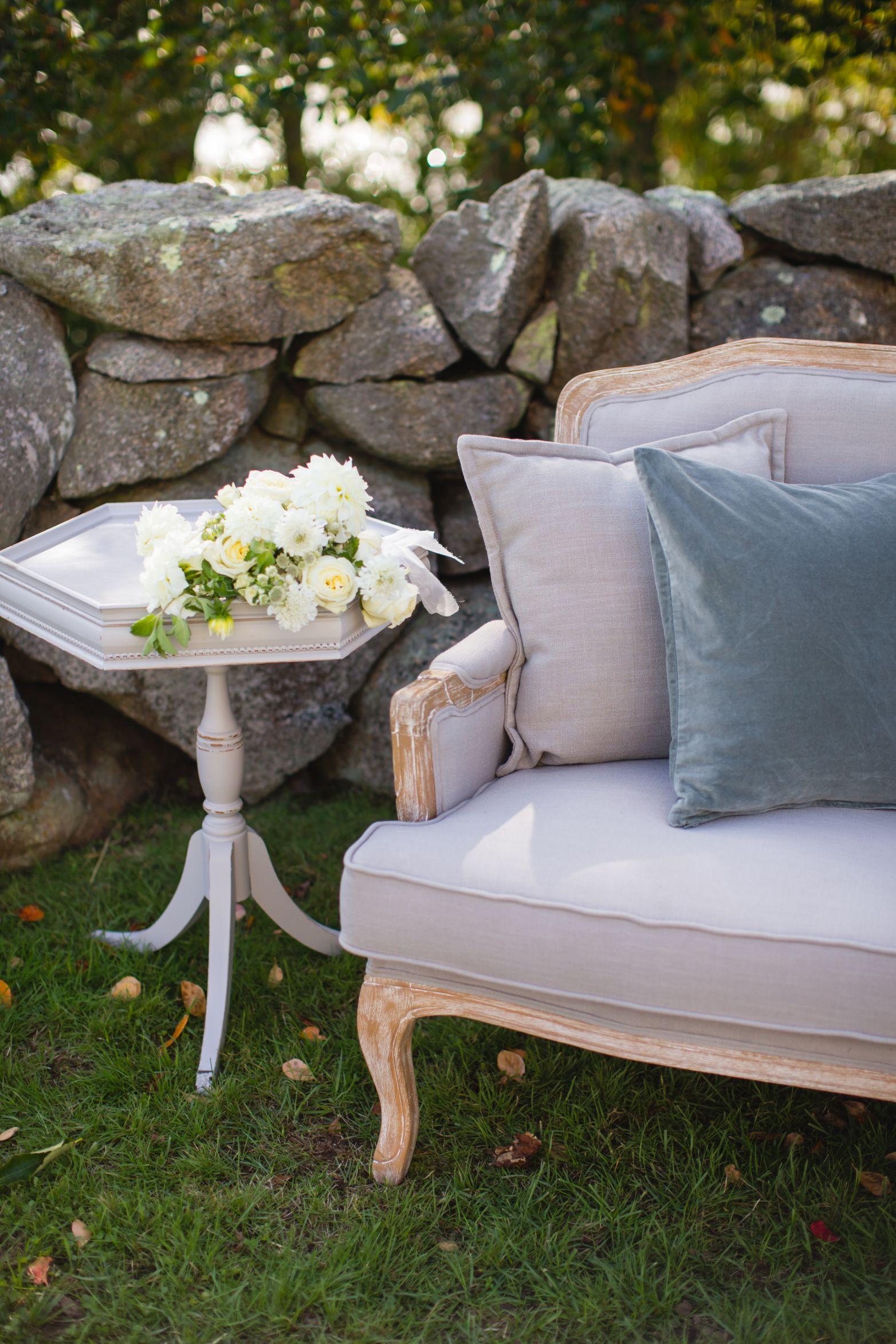 elevated-locale-bourne-farm-falmouth-wedding-daylynn-designs53.jpg
