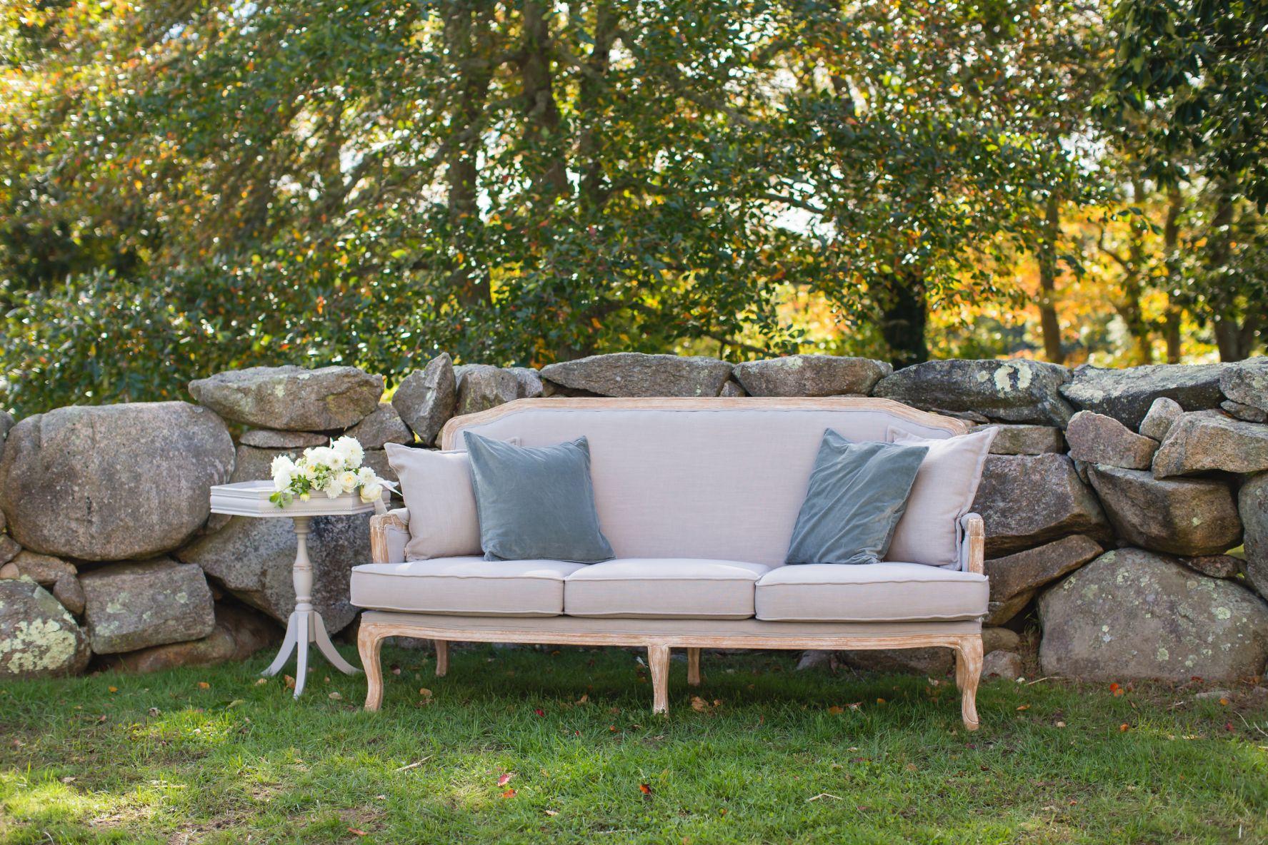 elevated-locale-bourne-farm-falmouth-wedding-daylynn-designs51.jpg