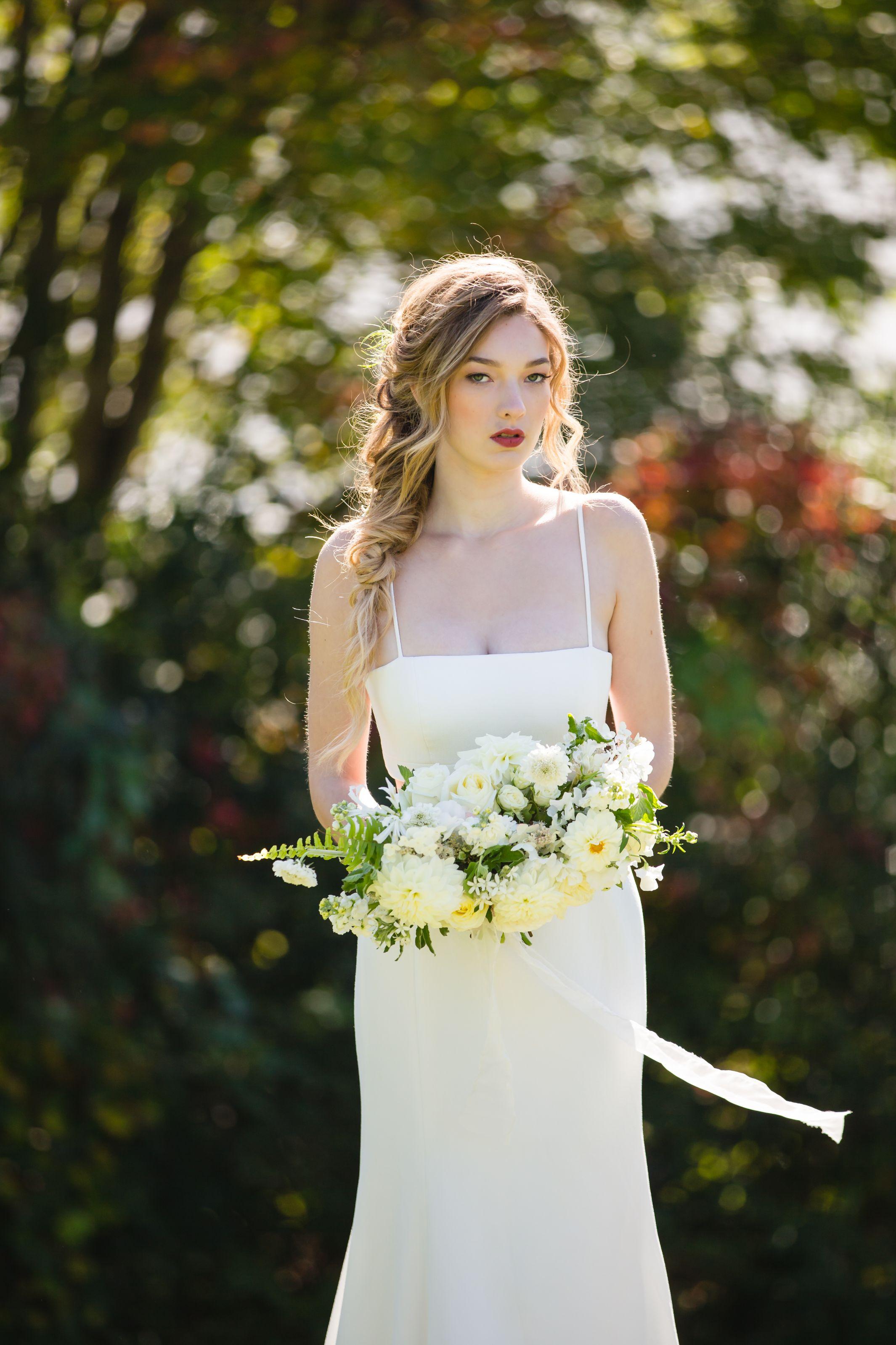 elevated-locale-bourne-farm-falmouth-wedding-daylynn-designs46.jpg