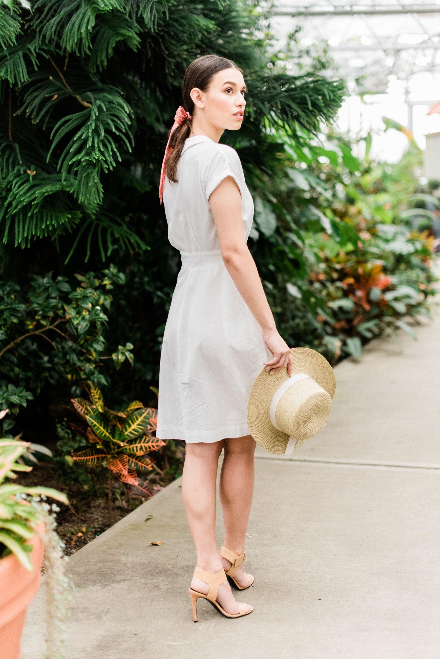 roger-williams-park-botanical-tropical-peach-daylynn-designs01.jpg