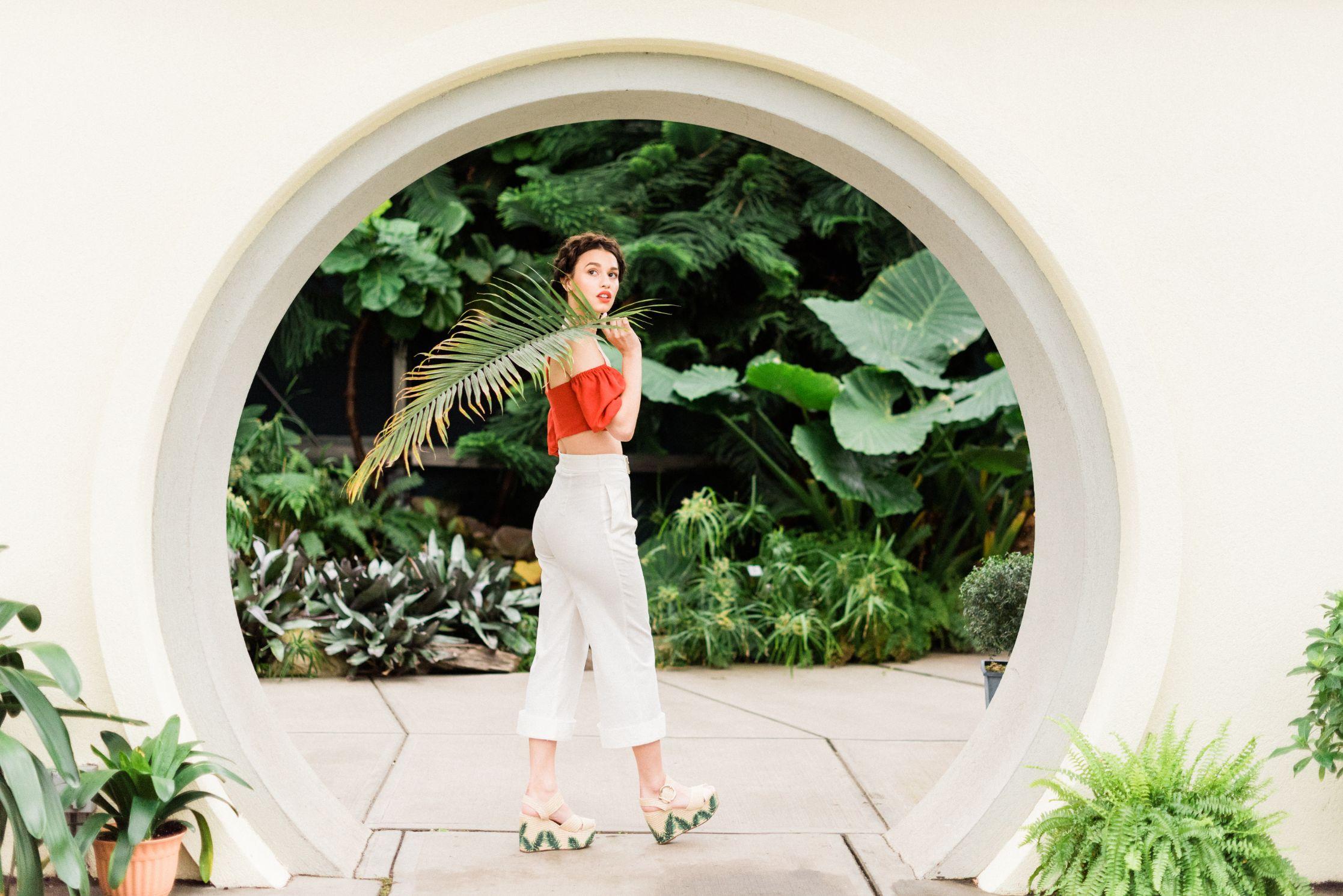 roger-williams-park-botanical-tropical-peach-daylynn-designs12.jpg