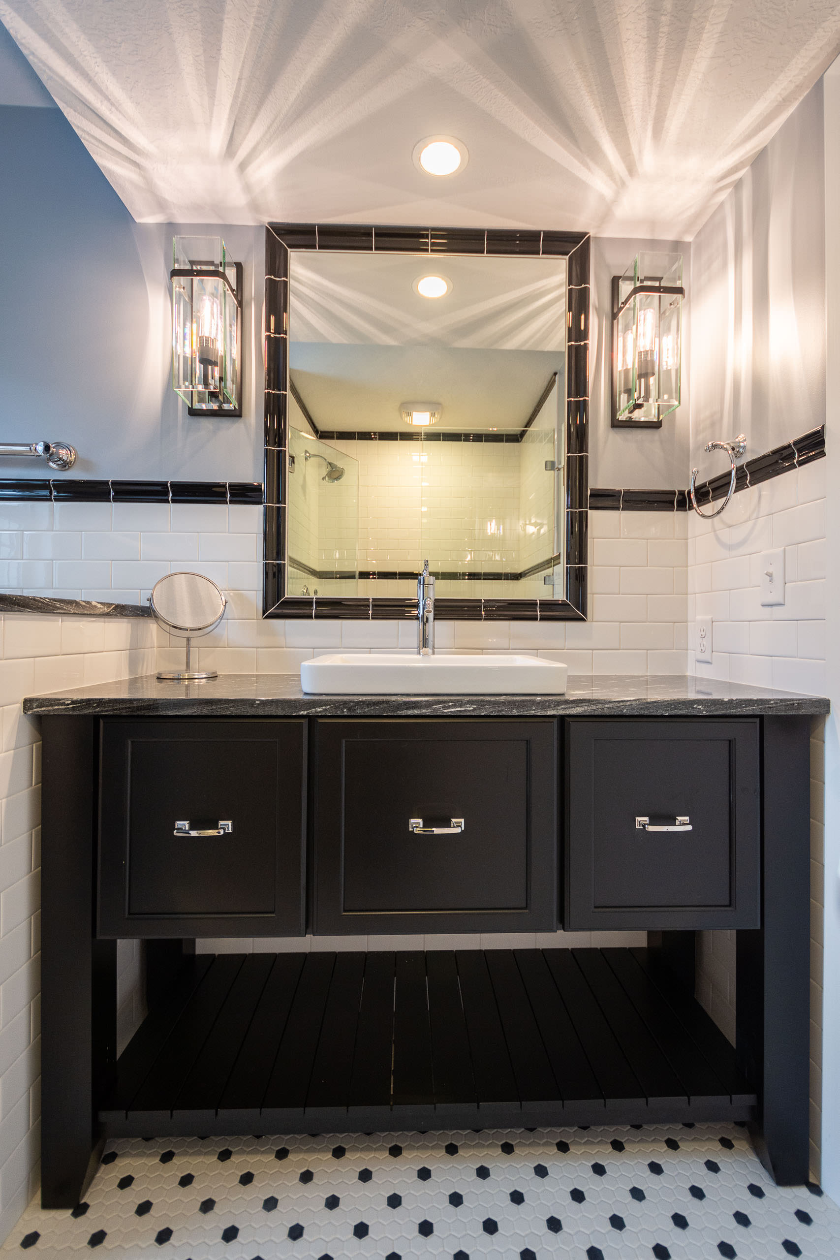 Contemporary vanity 2-2560.JPG