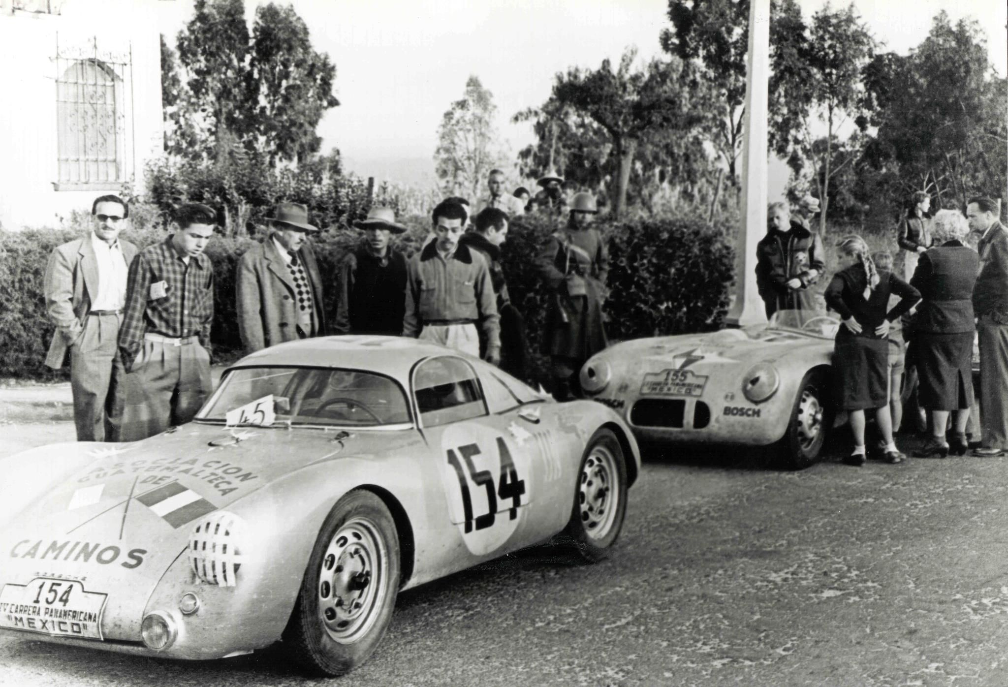 Porsche 550 Coupé and a Borgward Hansa 1500 RS at the start of the 1953 rally