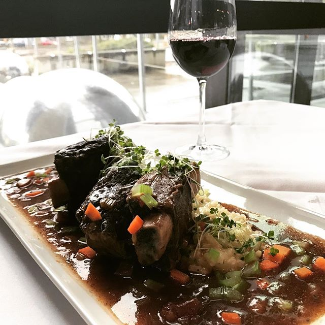 New Special Alert! Come in and try our Costola di manzo, courtesy of Head Chef Tim Clancy. Braised beef short ribs, served over a bed of Arborio risotto al parmigiana.           #authenticitalian #goodeats #seattlerestaurants #serverlife #ribs #shortribs #specials