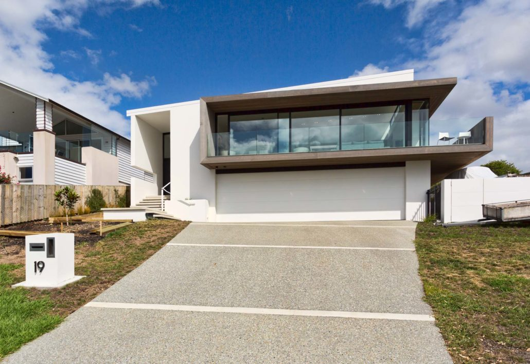 Algies Bay - 3 Level | 375 sqm | New Build