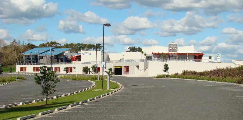 Manukau - 1 level | 3,500 sqm | Retail Complex