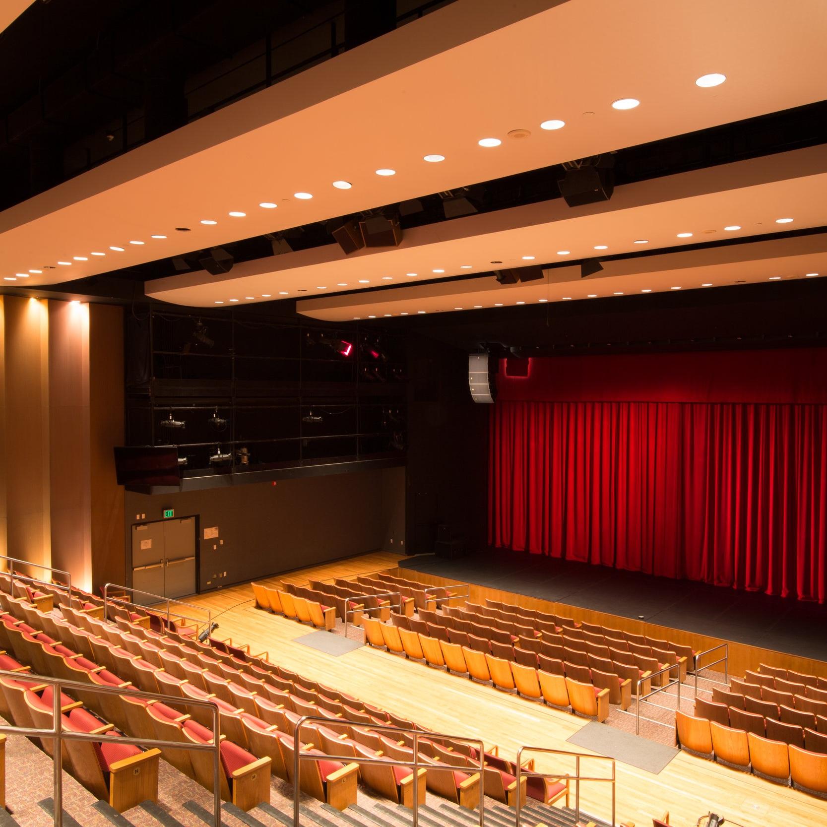 Thousand+Oaks+Theater.jpg