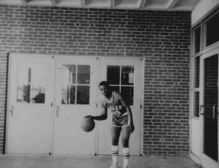 basketballplayer_michaelhood_1967_68_14554973071_o.jpg