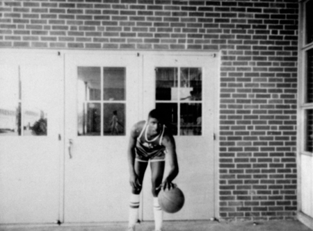 basketballplayer_wadewall_1967_68_14554973021_o.jpg