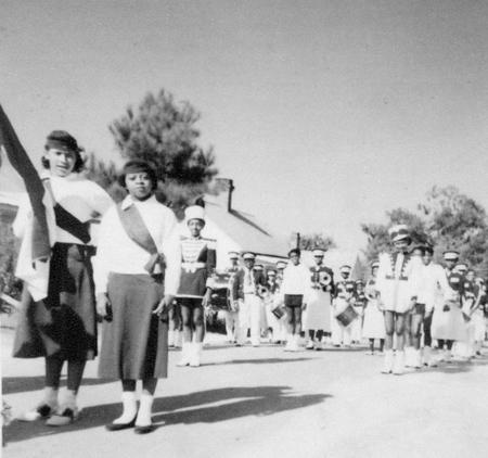 mayday_parade_1950s_14371600397_o.jpg