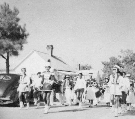 mayday_parade_band_1950s_14556420964_o.jpg