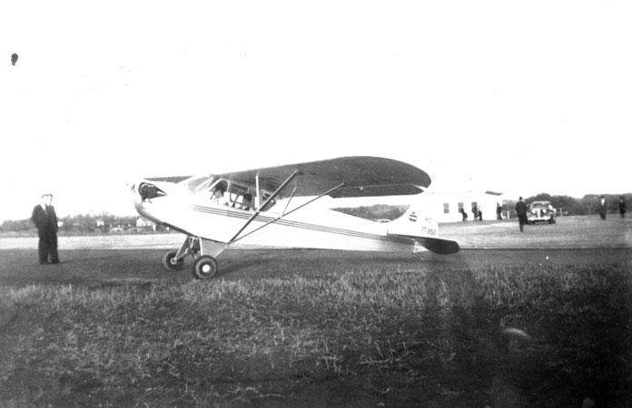 airplane_c1930s_14586227503_o.jpg