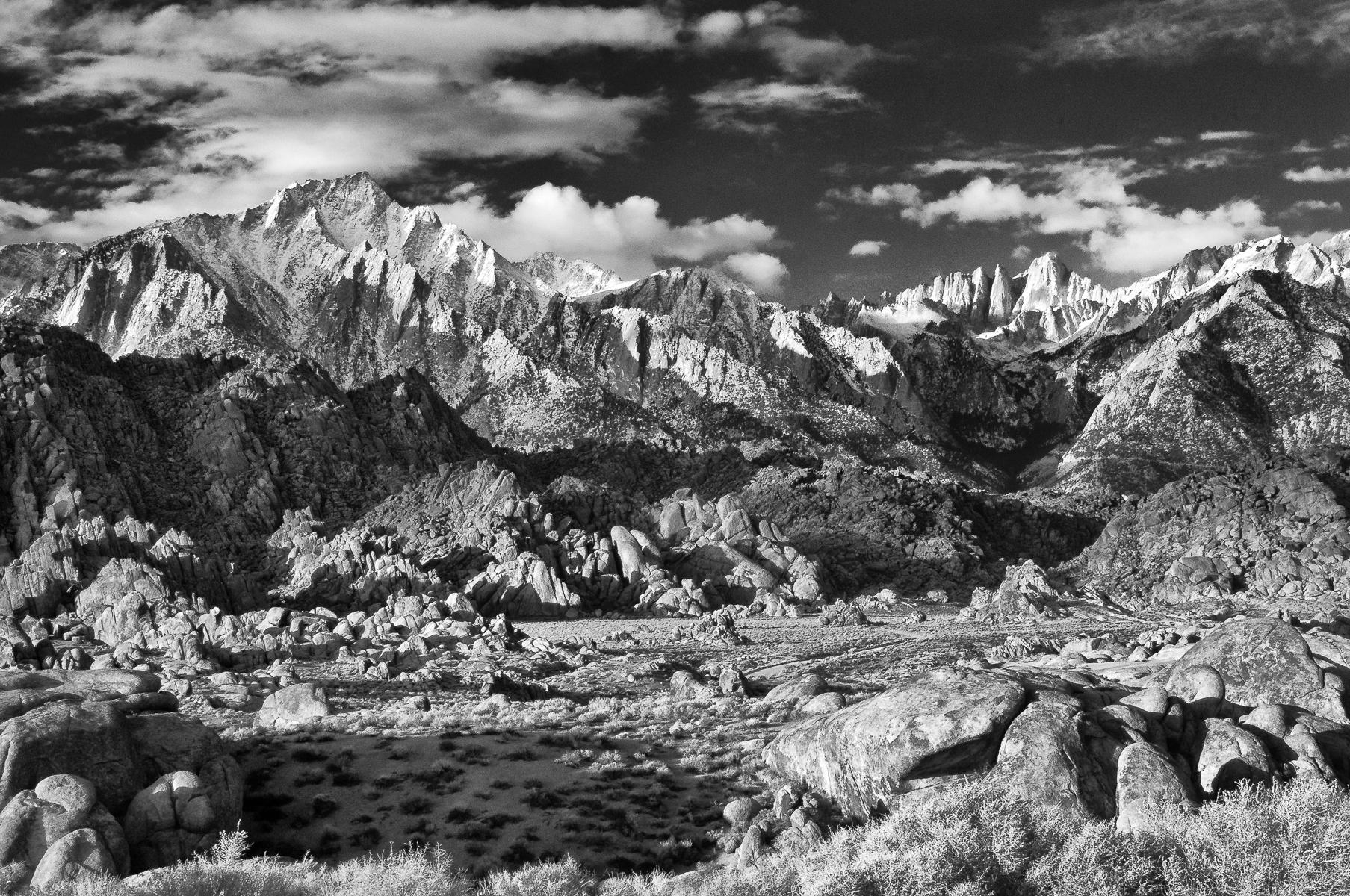 Eastern Sierra 2011-00974.jpg