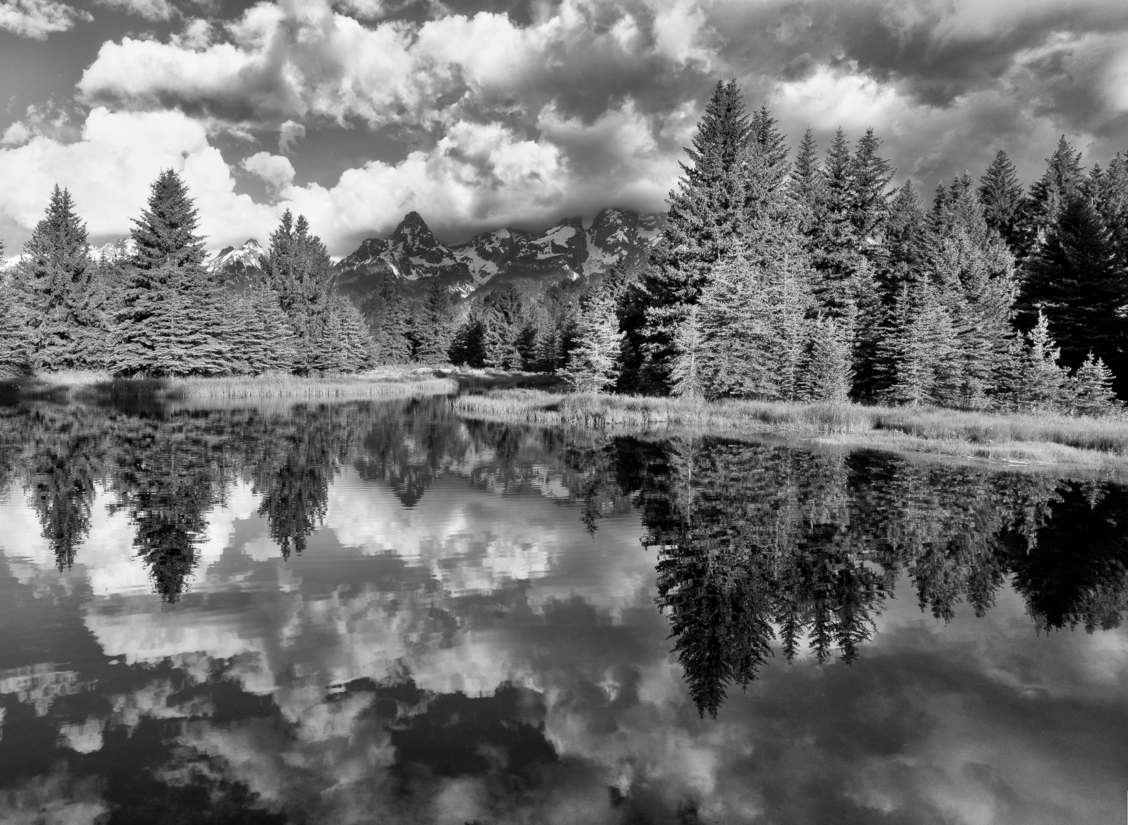 Grand Teton 2011-00587-00592-00597 pano.jpg