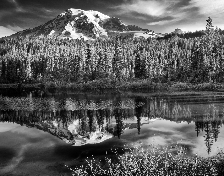 Mount Rainier 2006-0190-Edit.jpg
