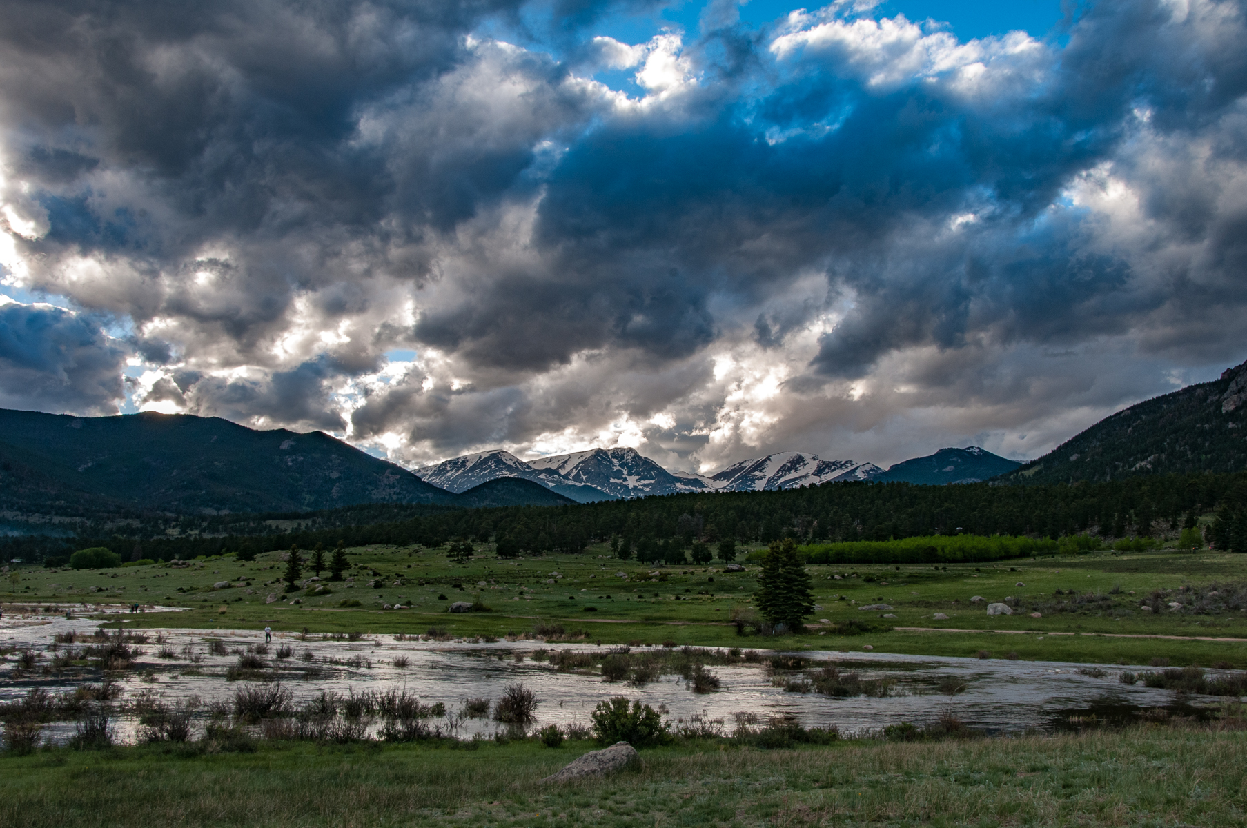 Rocky Mountain Park 2010-2001.jpg