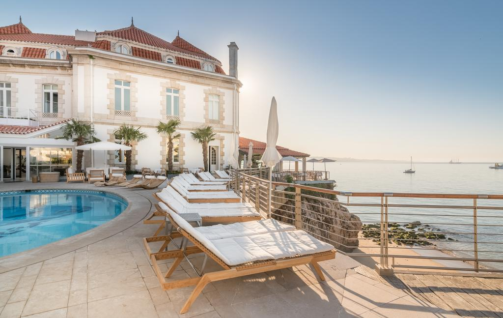 Hotel Albatroz Cascais - A place of true glamour that rises above the ocean!