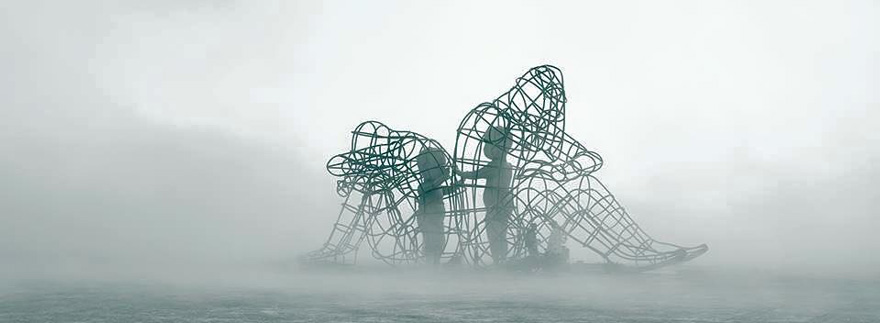 Love sculpture by  Alexander Milov  | Image Credits:  Andrew Miller
