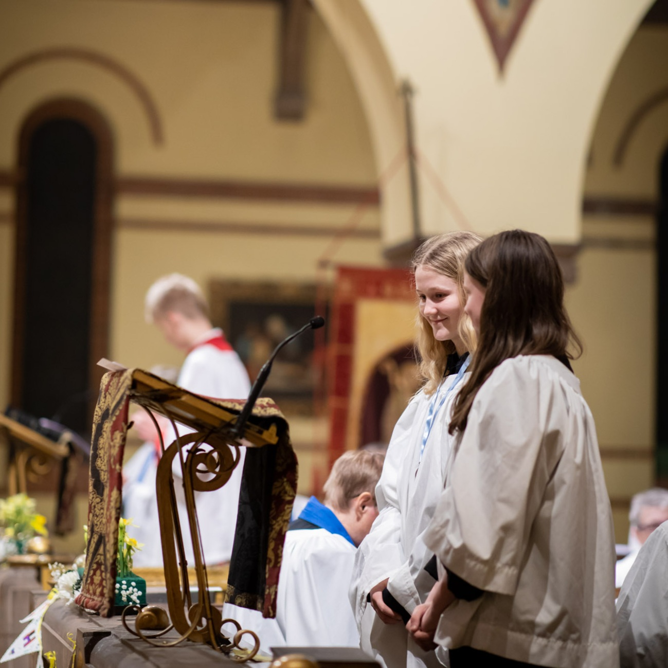 StBarnabas_FatherChristopher_ByLawriePhotography_31.jpg