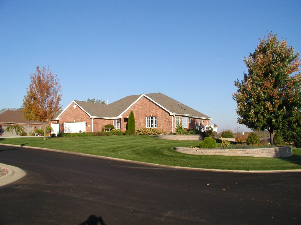 Landscape maintenance in Peotone, IL
