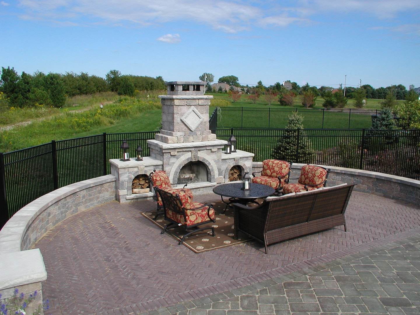 Peotone, Illinois top landscape design with outdoor fireplace