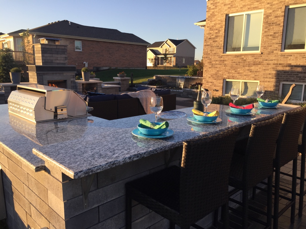 Landscape design with outdoor kitchen in Peotone, IL