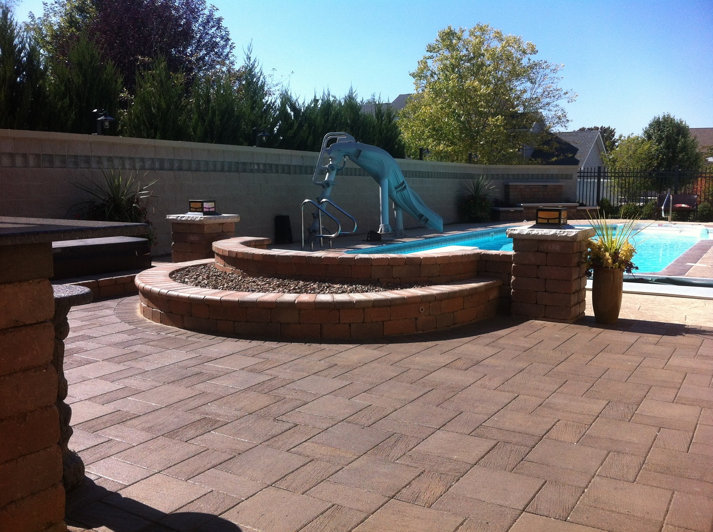 Pool deck with water features in Peotone, IL