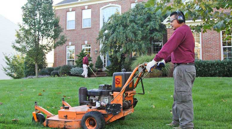 Peotone, Illinois weekly lawn care service