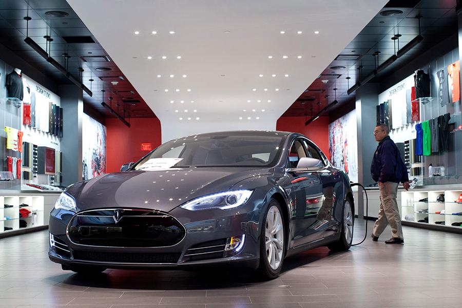 Tesla Showroom Cars - Manager @ Short Hills Mall Tesla