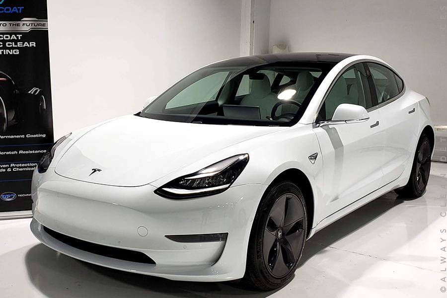 Tesla Model 3 -