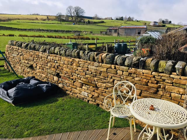 Dry Stone Walling - Dry stone walling using new quarried & reclaimed stone.