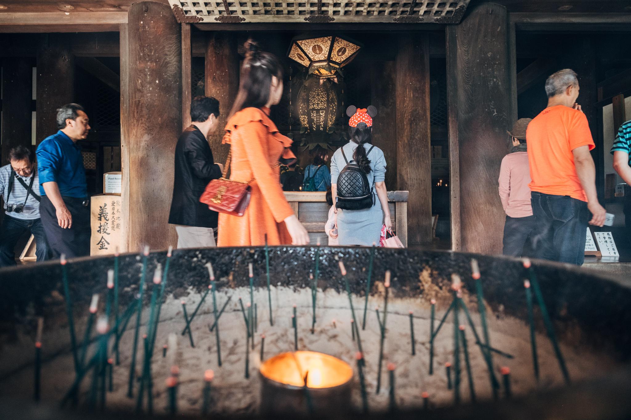 清水寺 – Inside Kiyomizu-dera, Kyoto