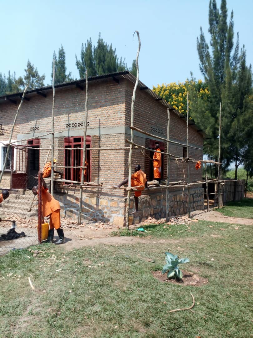 Salle en construction dans la Prison de Bugesera