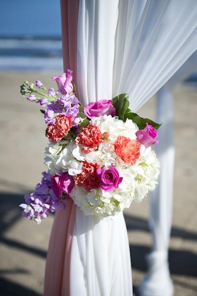 Arch Flowers at Tieback3.jpg