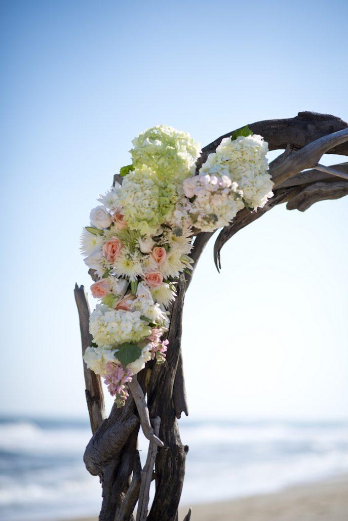 Driftwood Flower Swag.jpg