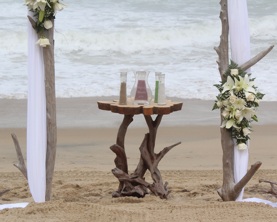 Driftwood Table.jpg