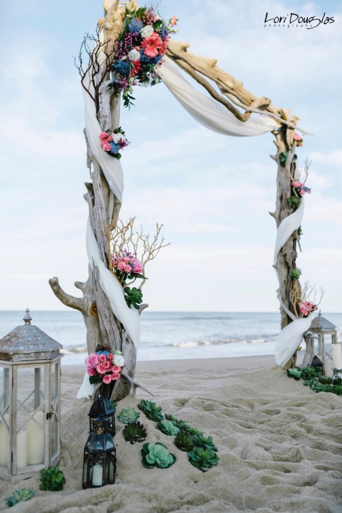 Seaside-Vintage-Driftwood-Manzanita-Arch-686x1030.jpeg