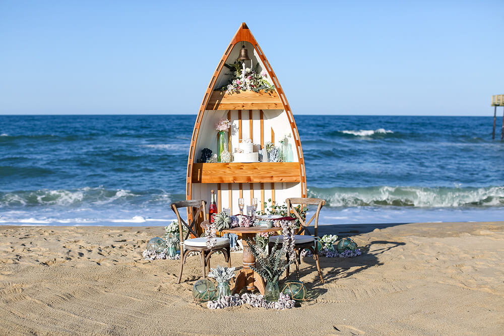 Love-Boat-Wedding-On-The-Beach.jpg