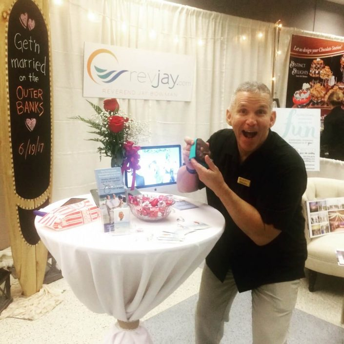 Outer-Banks-Wedding-Expo-Officiant-705x705.jpg