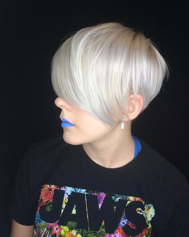 Bleach out and cut by @courtneyxcentrichair . . . . . . #pixie360  #transformation #pixie #pixiecut #shortpixie #pixiehaircut  #americansalon #hairbrained #authentichairarmy #hotonbeauty #bleachout #makeover #hairart #hairgoals #hairinspo #pixiepalooza #nothingbutpixies #behindthechair  #chopitoff #cosmoprofbeauty #cosmopro #licensedtocreate #longpixie #shorthaircut #shorthair  #beforeandafter #platinumblond #kwawesome