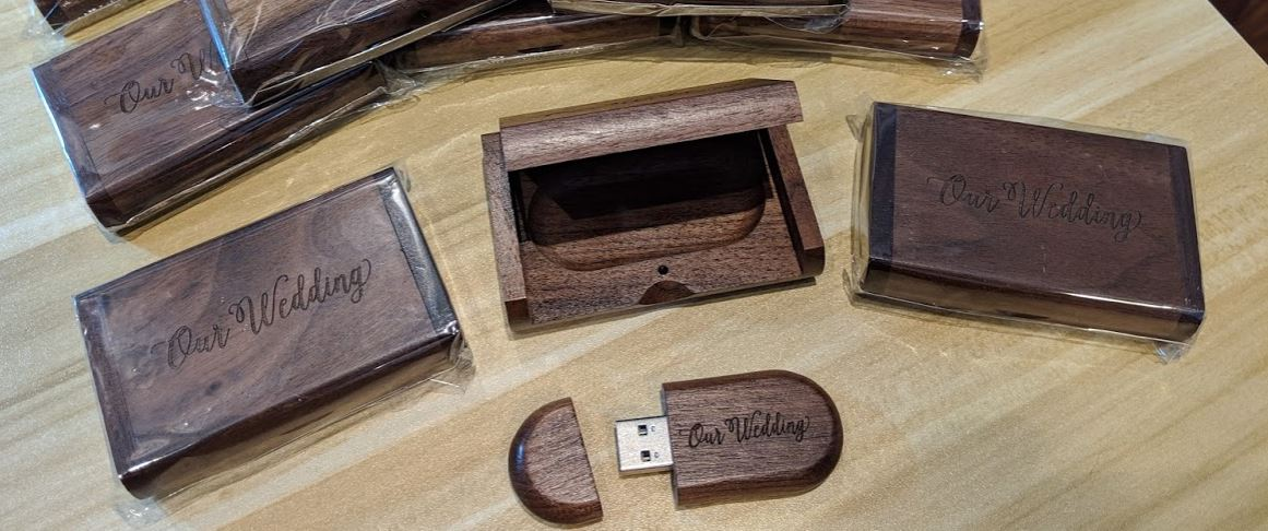 roanoke-wedding-video-wood-usb-memory-stick.JPG