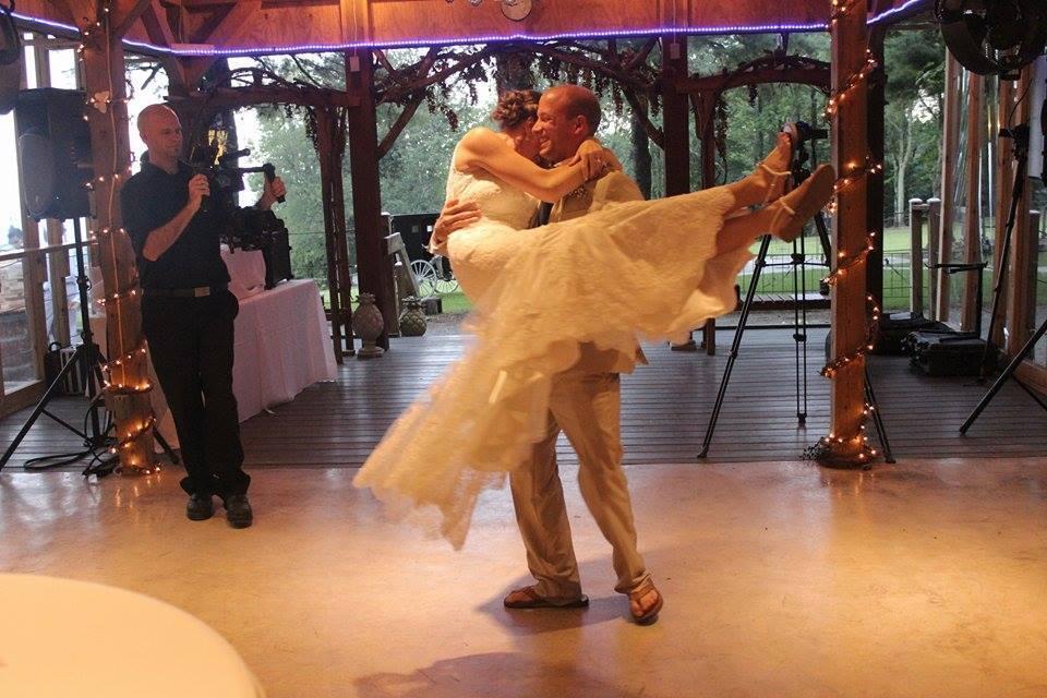 wedding-video-first-dance.jpg