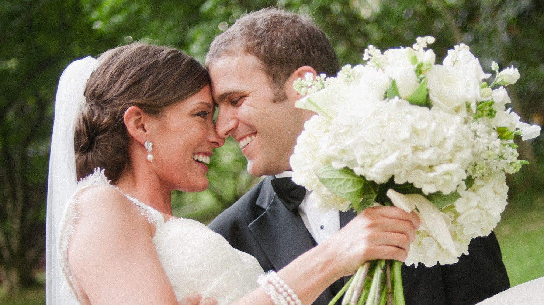 Wedding-couple-happy-mood-wallpaper.jpg
