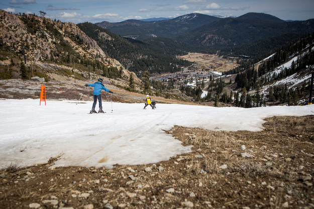 seven-resorts-in-lake-tahoe-have-had-to-close-early-because-there-is-not-enough-snow-to-cover-their-slopes-the-sacramento-bee-reported-1427050824639.jpg
