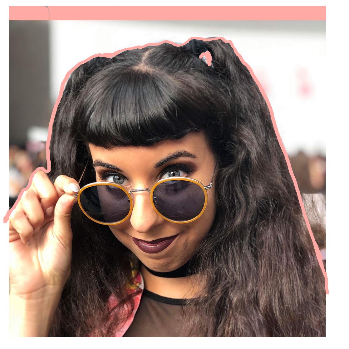 Ana Viotti - Social Media Guru
