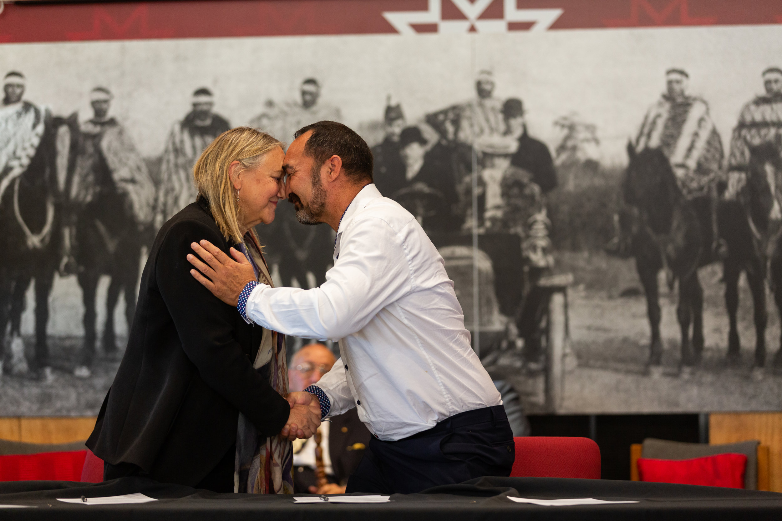 UC Chancellor | Tumu Kaunihera Sue McCormack and Chair of Te Ngāi Tūāhuriri Rūnanga, Arapata Reuben, after signing the agreement at Tuahiwi marae on Saturday. (Photo credit: University of Canterbury)
