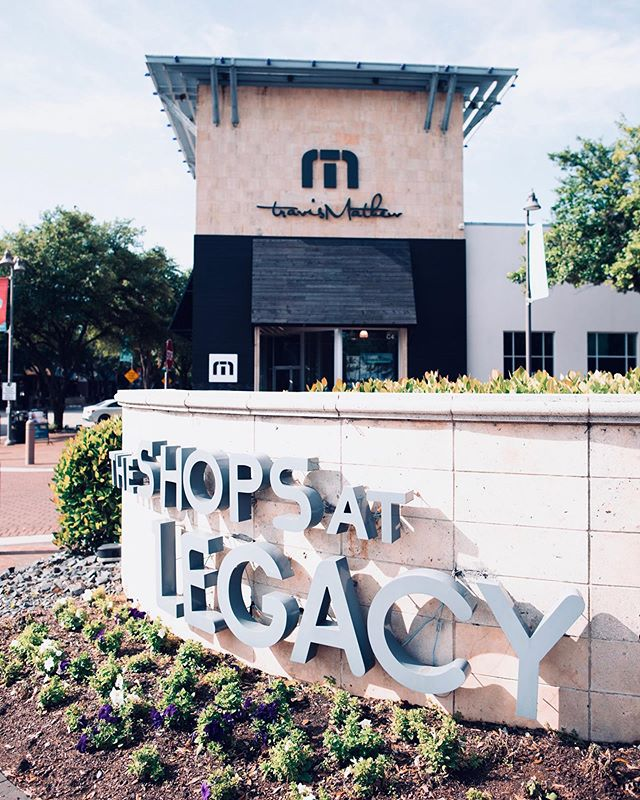 The Shops at Legacy is home to a variety of restaurants, stores, bars and of course, apartments! Right next to Dallas North Tollway and 121, it's in a convenient location and perfect for a Friday night out. Contact us if you are looking for a new place in the area! @shopsatlegacy #shopsatlegacy