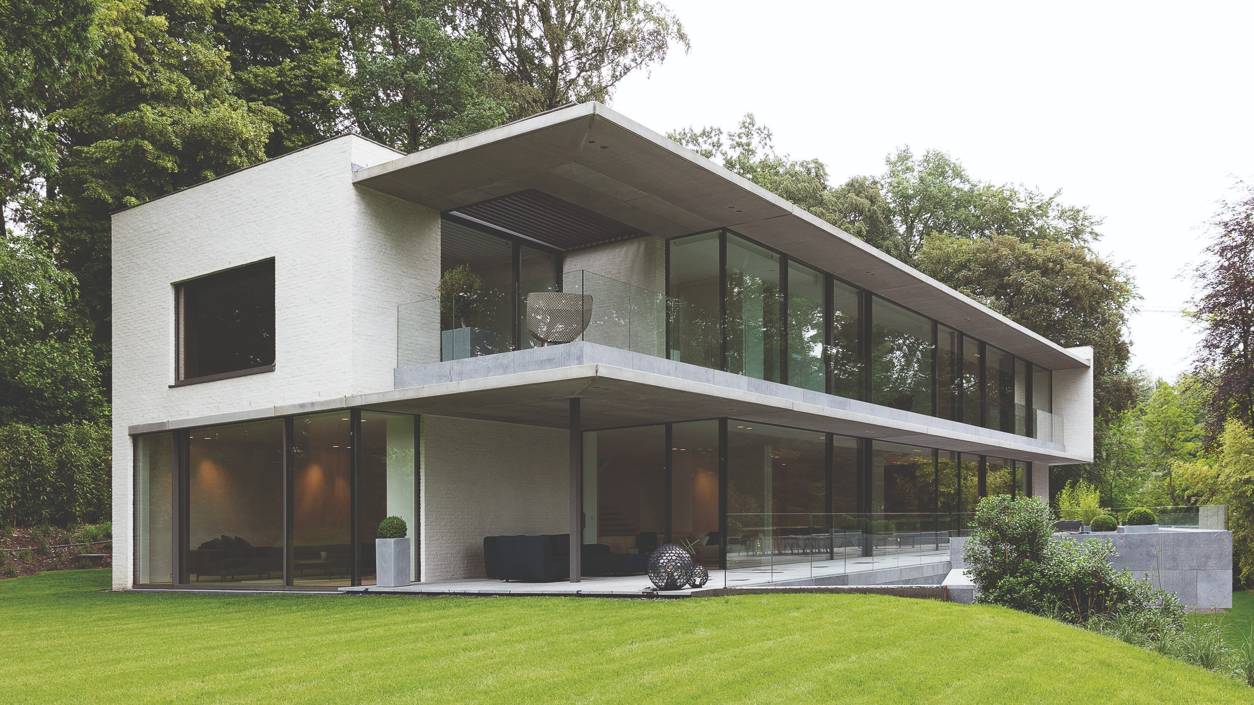 NEW BUILD - In line with the growing demand for new developments across the country, Bauxite Glazing Specialists are fast becoming a partner of choice for many fenestration and construction projects in the New Build sector.