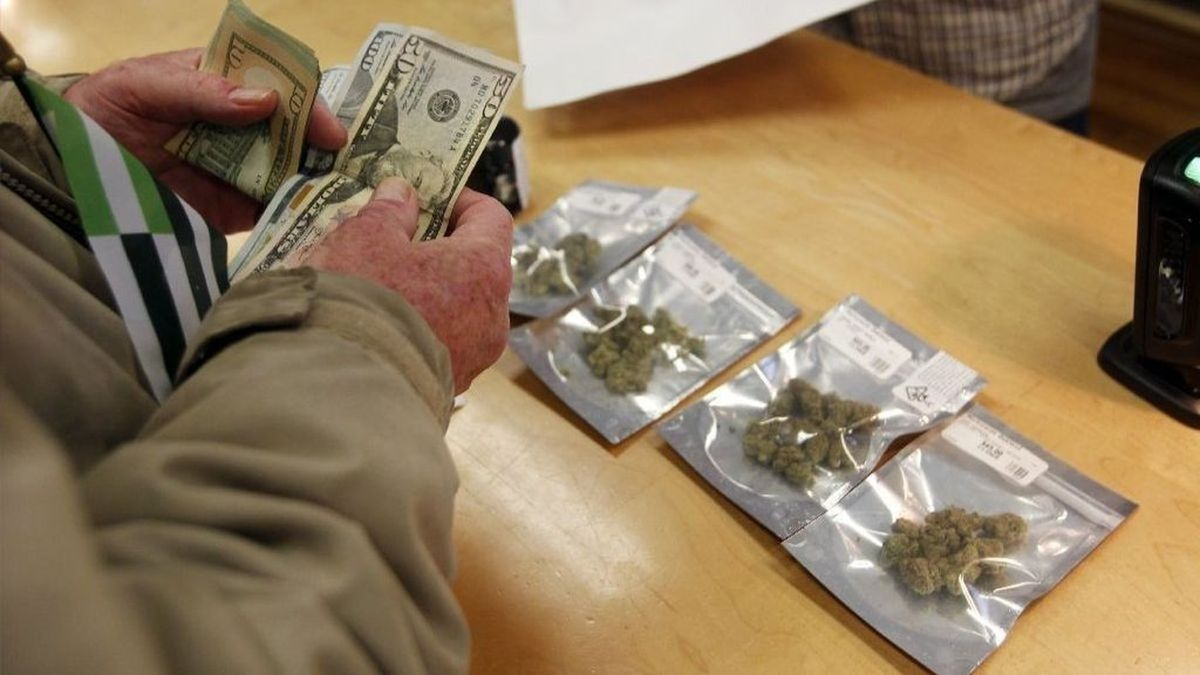 California cities sue state over home deliveries of pot.   LA Times